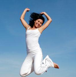 http://3.bp.blogspot.com/_a2GXDtpSCEs/TK0LD-qJCxI/AAAAAAAAABo/Hxu5j9oy1LI/s1600/girl_jumping.jpg